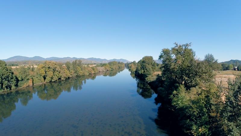 4949 leonard road grants pass oregon rogue river