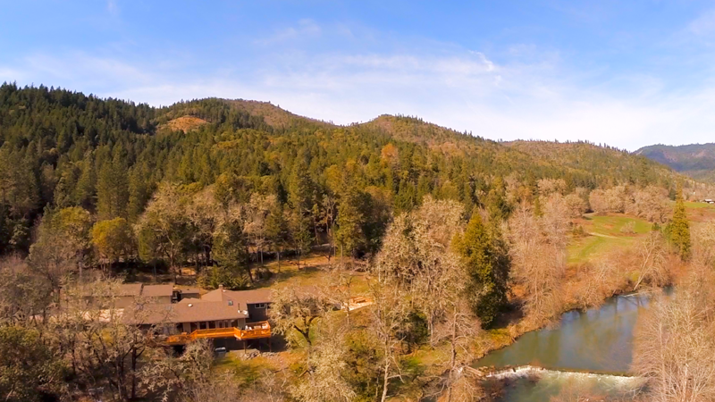 12330 e evans creek road rogue river house and river