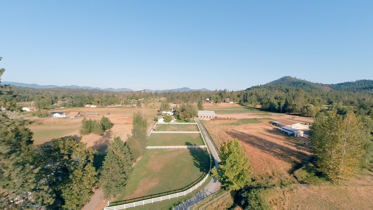2126 Sleepy Hollow Loop Grants Pass Oregon Thumbnail